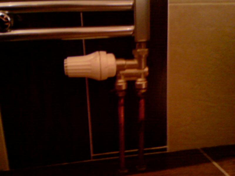 seche serviette mixte qui ne chauffe pas. | forum chauffage ... - Robinet Thermostatique Seche Serviette